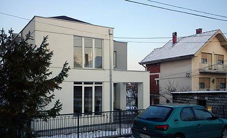 Dogradnja i rekonstrukcija porodicne kuce Rafailovic u Arandjelovcu